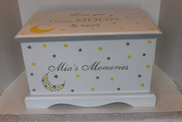 Love you to the moon & back - Keepsake Chest Memory Box personalized baby gift Christmas gift