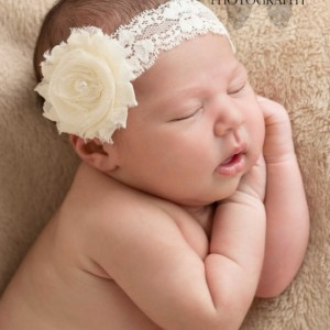 Ivory baby headband, infant headband, baby headband, ivory shabby flower with pearl on  elastic lace  headband, QUICK ship