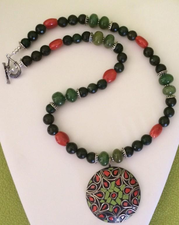 Green Glass,Orange Acrylic Beaded Necklace