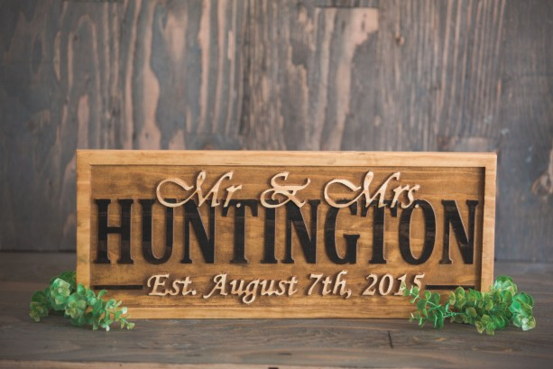 Rustic Family Sign, Wedding Centerpiece, Mr and Mrs Table, Boho Family Sign, Rustic Name Sign, Shabby Chic Sign, Sweetheart Table, Name Sign