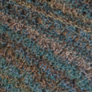 Ladies' Knitted Lace Cowl - Green
