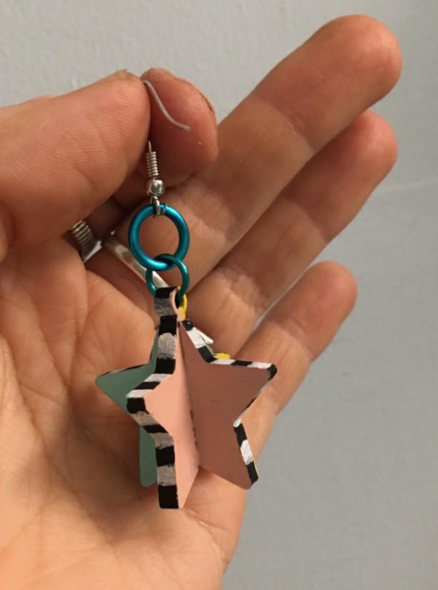 Star Criss Cross Earrings design Memphis 80s inspired