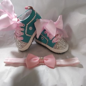 Baby girl shoes with rinestones