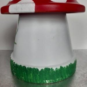 Gnome House Toadstool/Terracotta Mushroom/Garden Decor/Gnome/Toadstool/Mushroom/Garden