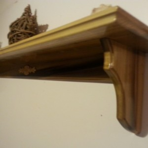 Shelf made from poplar
