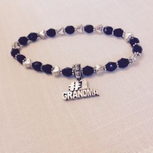 Grandma Charm Bracelet, Custom Black and Silver Beaded Bracelet, Grandmother Gift, Grandma Birthday, Baby Announcement, Pregnancy Reveal