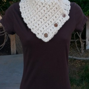 Light Cream NECK WARMER SCARF with Three Buttons, Soft Wool Acrylic Blend, Solid Off White Winter Chunky Thick Buttoned Cowl..Ready to Ship in 3 Days