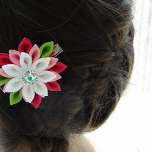 Pair of pink and white grosgrain ribbon flower hair clips with rhinestone