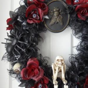 Black Skull Halloween Wreath