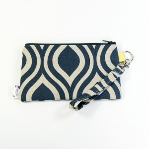 Medium Wristlet Zipper Pouch Clutch - Navy Mod