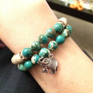 Elephant and green jasper stretch bracelet