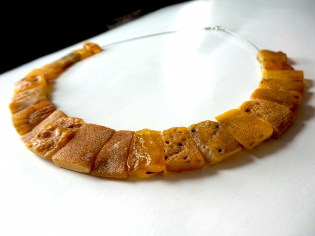 Modern Baltic Amber Necklace , Raw Baltic Amber Necklace . Organic Jewelry.