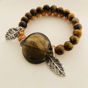 Leaf Charm Tiger Eye Beaded Bracelet