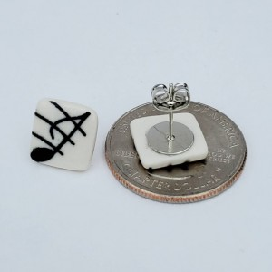 Music note porcelain studs