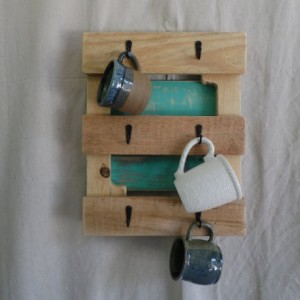 Teal Pallet Wood Mug Holder, Rustic Teal Mug Holder, Teal Pallet Mug Hooks,Pallet Tea Cup Hooks, Rustic Home Decor