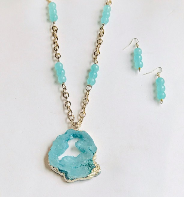 Seafoam Druzy Necklace Set
