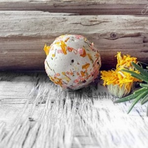 Wildflower Seed Bombs 60 Seed balls, mixed colors with how to Cards Gardening Gift