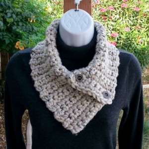 NECK WARMER SCARF, Small Crochet Knit Buttoned Cowl with Buttons, Off White Tweed with Black & Tan, Extra Soft 100% Acrylic..Ready to Ship in 2 Days