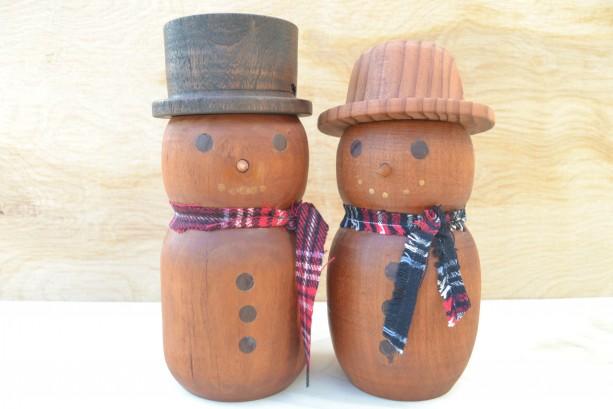 Wooden Snowman Couple