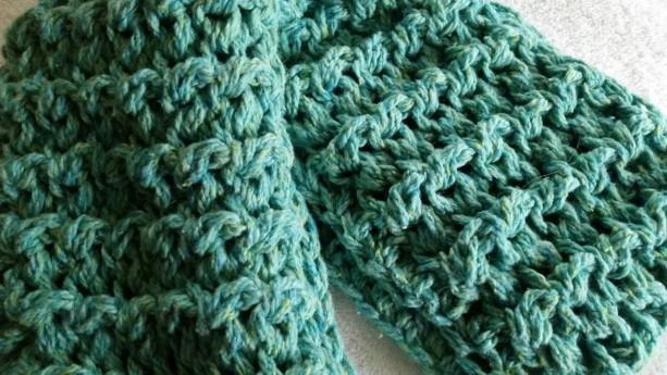 Infinity Cowl Scarf - Outlander Claire Sassenach Scarf, Chunky Scarf, Crochet Handmade Circle Scarf, Unisex
