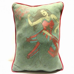 Supergirl Comic T-shirt pillow