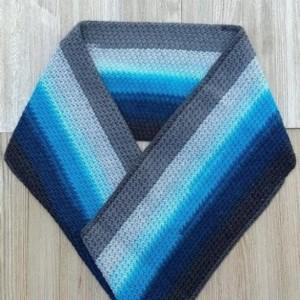 Scarf. Scarves. Crochet scarf blue color. Blue scarf. Modern Crochet. Crochet. Fashion. Handmade. Infinite scarf.