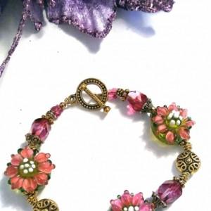 Lampwork Glass Beaded Bracelet, Lampwork Jewelry, Floral Beaded Bracelet, Butterfly Crystals, Beaded Jewelry Sale, Flower Bracelet, Spring