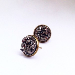 Stunning Charcoal Grey Druzy Studs. large. drusy. bronze. dark gray. metallic