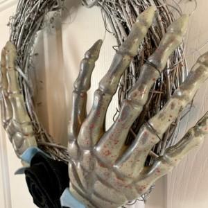 Silver Skeleton Hands Blood Splatter Wreath with Black Felt Rose - Macabre Wreath  - Skull Wreath - Gothic Decor - Fall Wreath - Felt Flower