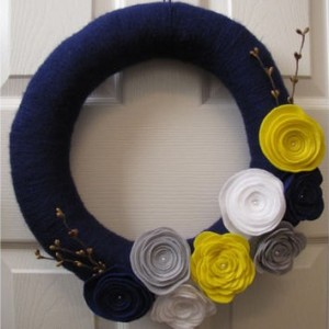 Posh Autumn Wrapped Yarn Wreath