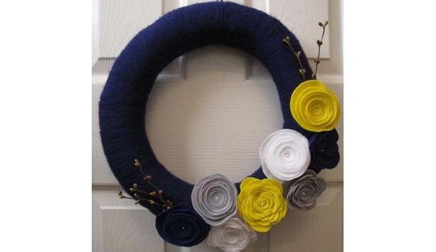 Posh Autumn Wrapped Yarn Wreath