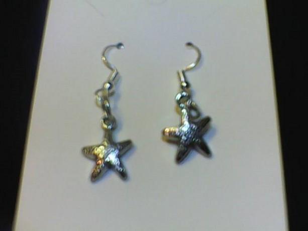 Star Fish silver colored earring, Beach, Tropical, Homemade, Pierced ears.