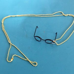Harry Potter Black Frame Wire Glasses Necklace on Yellow Chain