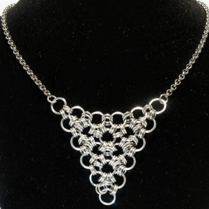 Silver necklace / Triangular / Japanese / chain maille