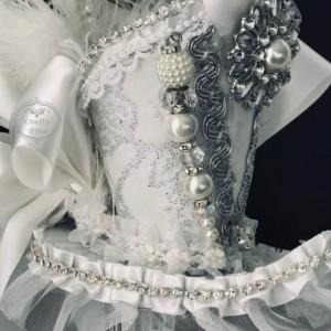 White Bridal Wedding Victorian Steampunk Mini Top Hat Fascinator Headband