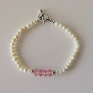Mini Pearls & Pink Bracelet