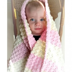 Baby blanket and pom pom hat set