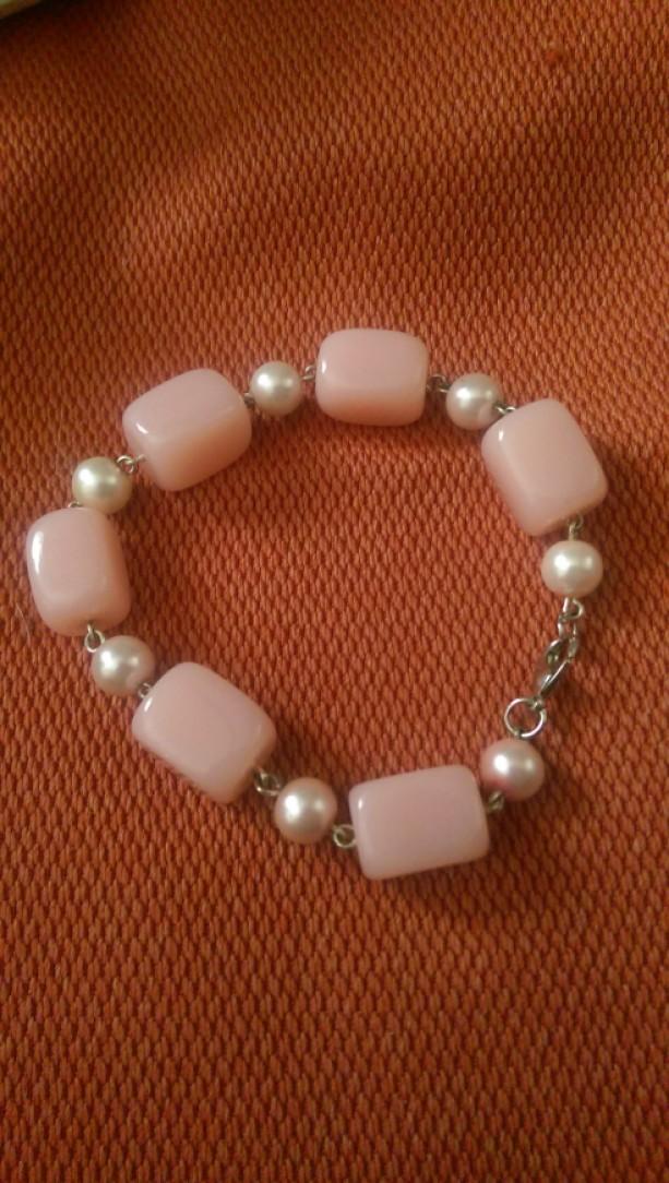 BubbleGum pink bracelet
