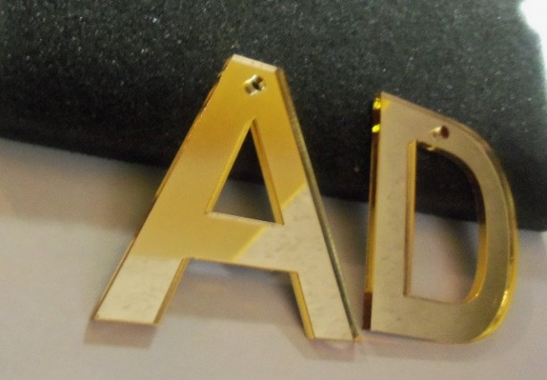 laser cut letters,initial letters,snapback letters