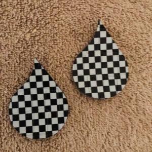 Raindrop shaped Earrings