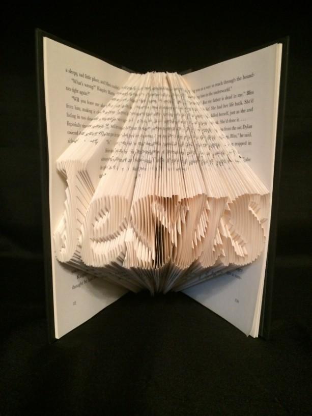 Jesus / Book Folding