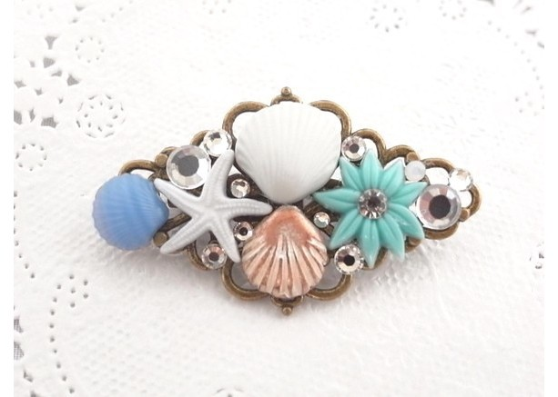 Brooch Aqua Color Shell and Flower Cabochon Handmade Blue Summer Resort Starfish Jewelry Beach Sea Antique Gold Rhombus Accessory