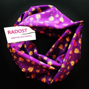 RADOST Scarf: Weaver (Guatemala Collection)