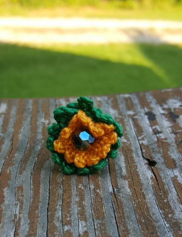 Flower Ring - Statement Ring - Gold and Green - Crochet - Boho Ring -  Sunflower