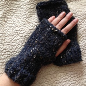 Blue Tweed Fingerless Knit Gloves