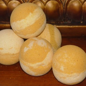 Set of 2 Decadent Honey Bath Bomb|7oz+|Handmade|All Natural