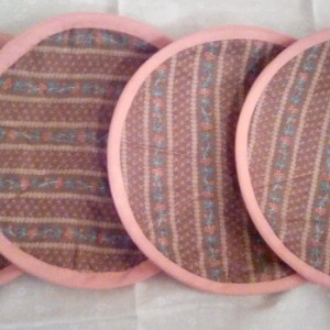 Round Vintage Style Hot Pads/Trivets