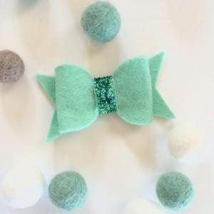 Aqua hair clip set of 3, baby hair bow, glittery hair accessories