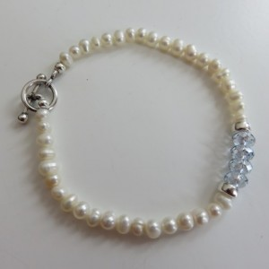Mini Pearls & Ice Blue Bracelet