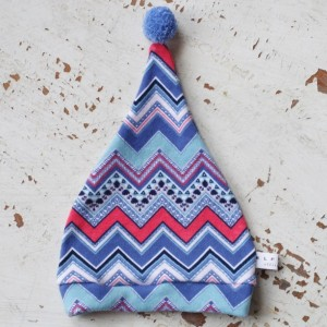 0-3 mo Elf - Hobbit - Gnome - Dwarf Hat with PomPom Tail. Newborn hat in multicolored chevron print cotton fabric.